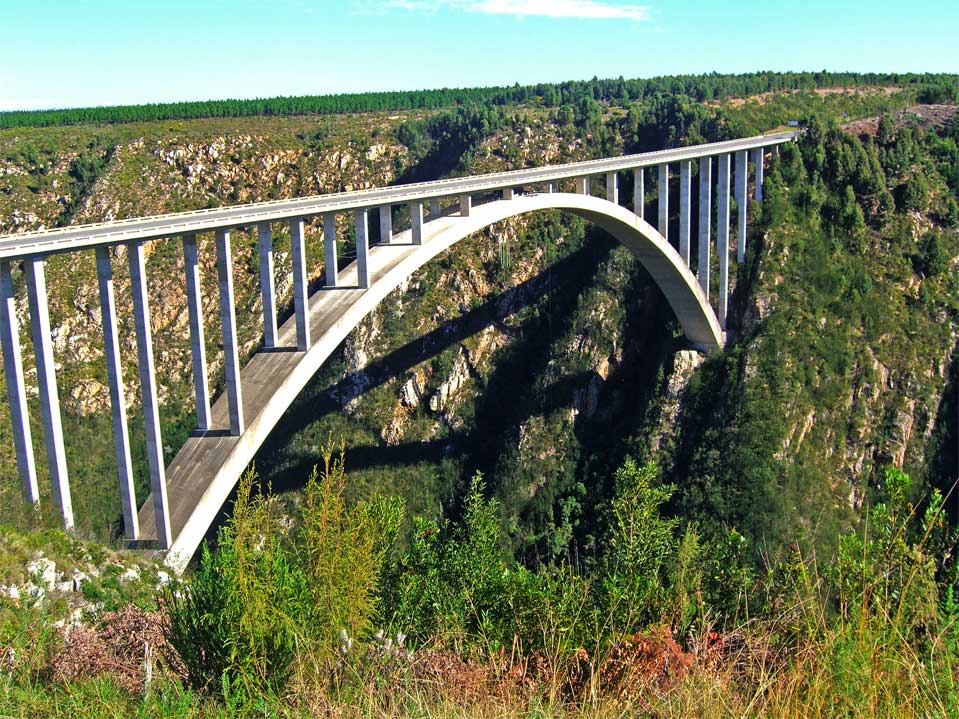 The Bloukrans Bridge. It will be jumped from the middle of the bridge (Africa's largest bridge).